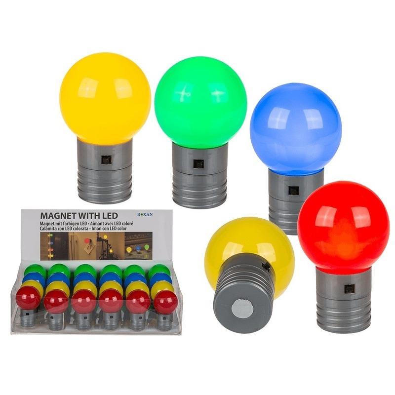 Geel magneet LED lampje 4,5 cm